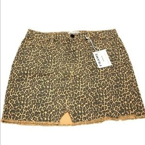 FRAME Denim Cheetah Le Mini Skirt